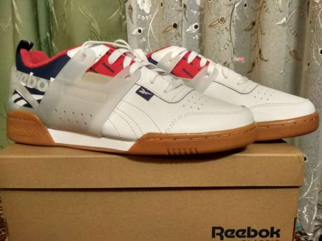 новые оригинальные мужские кроссовки 43,5 р.Reebok Workout Plus ATI