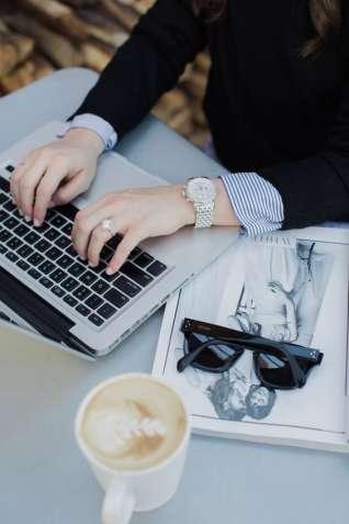 Работа в черкассах для девушек заработать моделью онлайн в нижний новгород