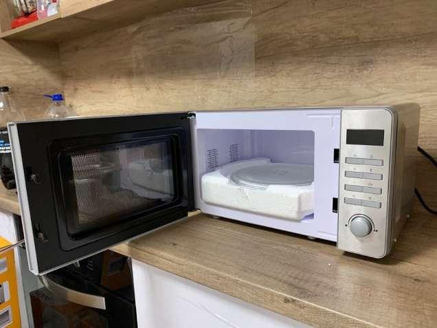 Новая микроволновая печь из нержавеющей стали Quigg MD 18666 (Германия - изображение 2