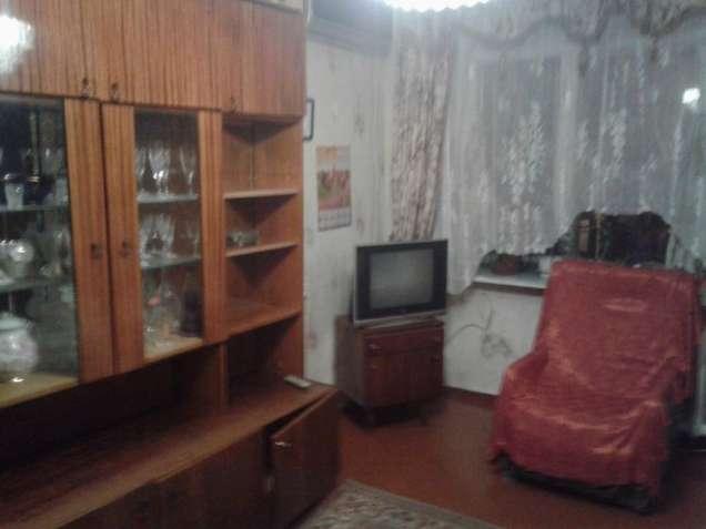 Сдам комнату в 2-х комнатной квартире на Черёмушках, 2500 грн.