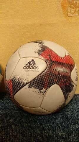 Оригинальный мяч adidas
