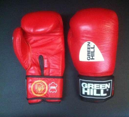 Боевые перчатки для соревнований рекомендованные Федерацией бокса