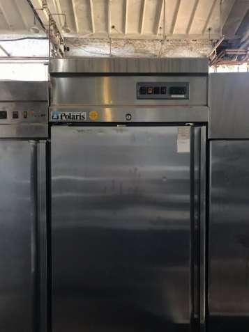 Бу профессиональный холодильный шкаф Polaris для кухни ресторанов, бар