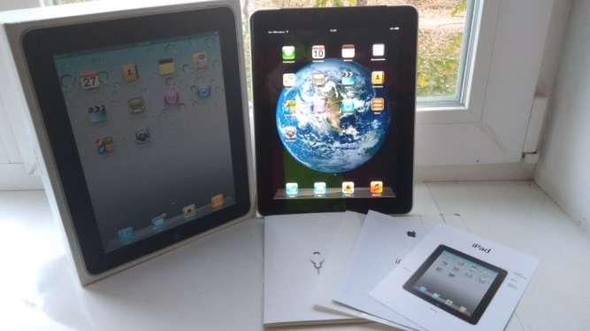 Продам Apple iPad Wi-Fi + 3G 16GB,в отличном состоянии.