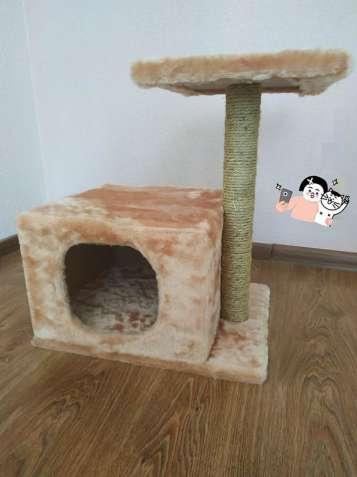 Домик с когтеточкой для кота