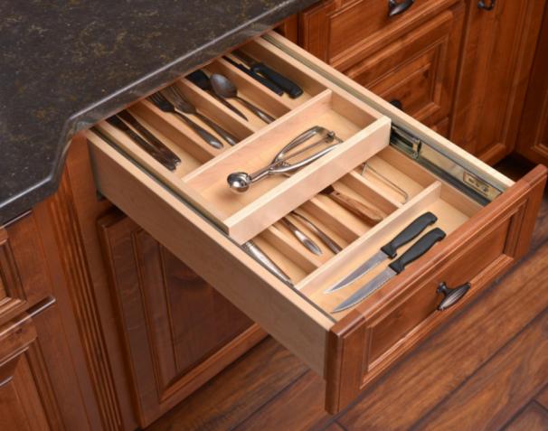 Дерев'яний двох-рівнений ящик для столових приборів
