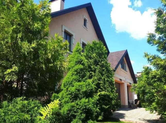 БЕЗ КОМИССИИ дом 300 м2 с территорией 20 соток, ул. Бударина.