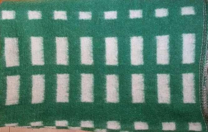Продам шерстяное одеяло для ребенка.