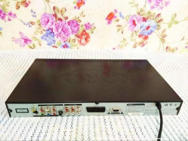 Dvd-плеєр Xoro Hsd 402 plus.