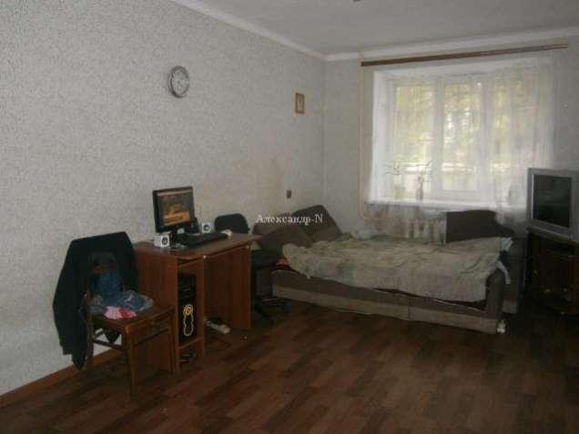 Продам 2 комнаты в коммуне на Затонского
