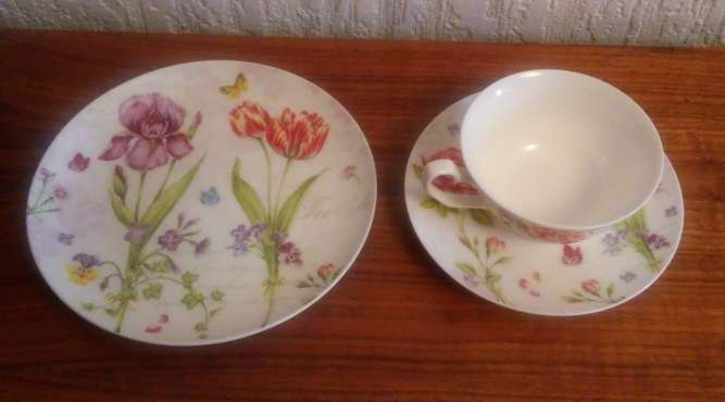 Статусный подарок. Набор чайный (чашка,блюдце, тарелка), фарфор, Китай