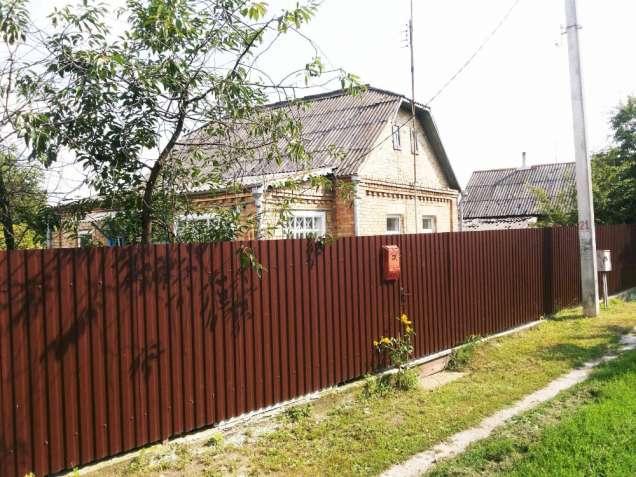 Продам кирпичный дом в Боровой 40 км от Киева