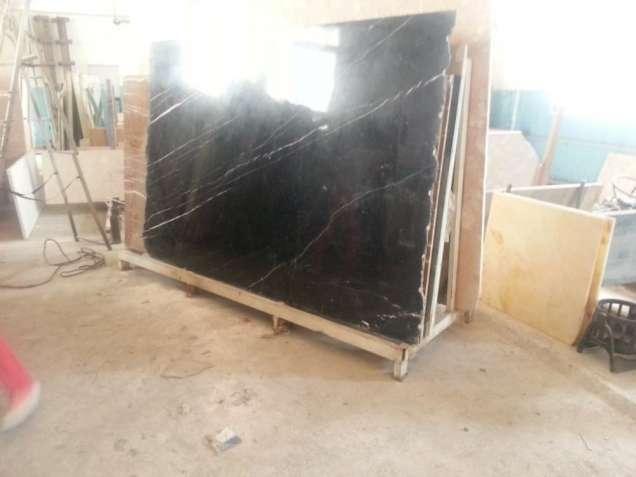 Мраморные плиты для Ваших изделий с нашего склада. 3400 кв.м. мрамора