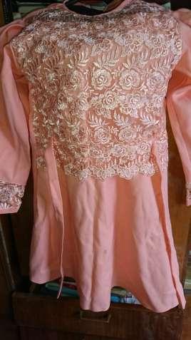 Платье для девочки нарядное.