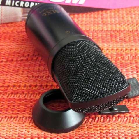 Микрофон конденсаторный Marshall MXL V63M ( AKG AT)