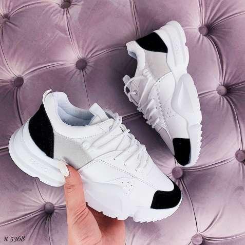 Белые кроссовки c черным носком и пяткой 36-40р