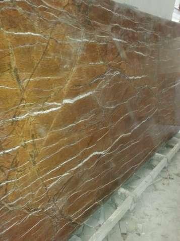Коричневый мрамор с нашего склада