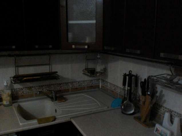 отличная комната семейной паре,метро Святошено 10 мин.