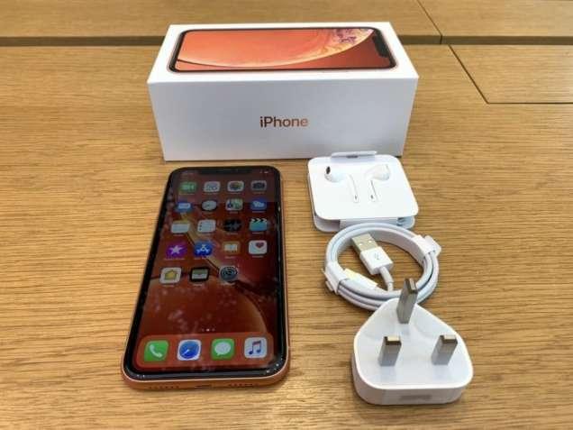 Продаю  Apple iphone XR