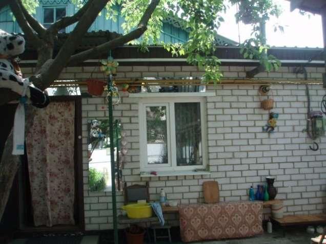 Центр. Часть дома со всеми удобствами. Отдельный двор.