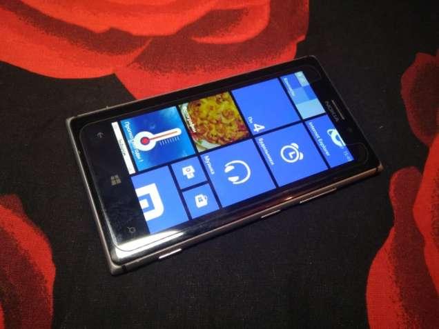 Продам Nokia lumia 925