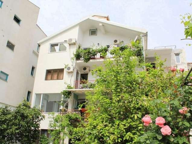 Виллы и апартаменты в Черногории на лето 2019