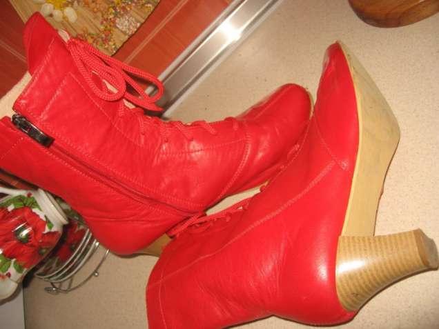 Червоні черевички  Договірна - Мода і стиль   Одяг  взуття Київ на ... 99b925ba02ee6