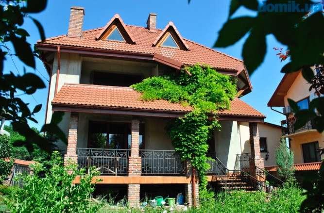 Продам особняк во Львове
