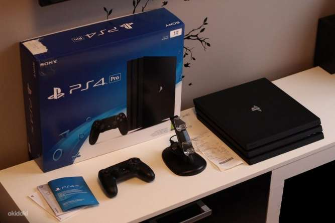 Продаю PlayStation 4  Pro