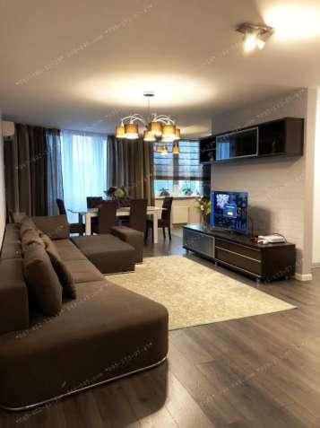 Без% 3 кімн квартира 108м2, Русанівка, пр Соборності 30, вид на канал