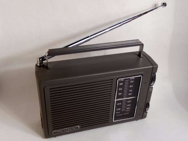 (Корея) Realistic radio shack фм ам ридиоприемник радиоприймач радио