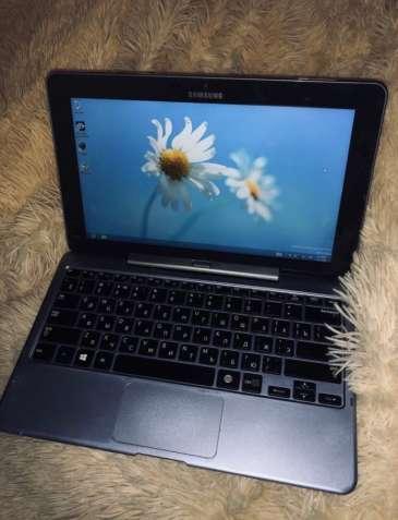 Планшетный компьютер Samsung ATIV Smart PC 500T