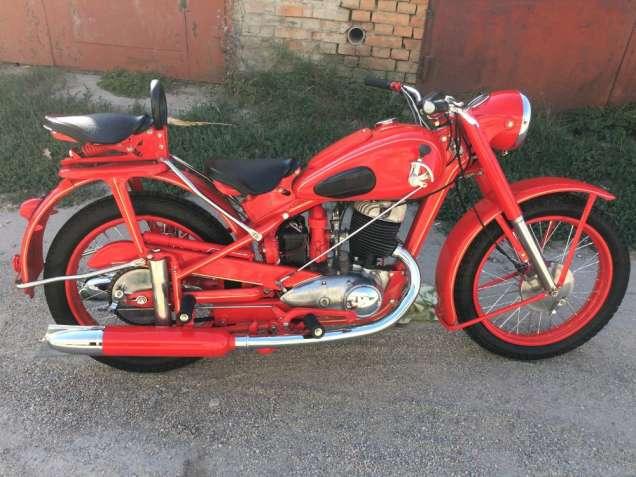 мотоцикл ИЖ 49 1952 г.в.