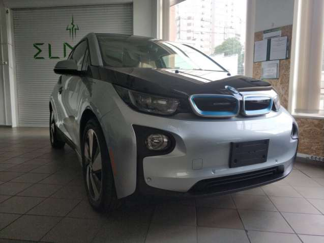Электрический автомобиль BMW i3 REX GIGA 2014