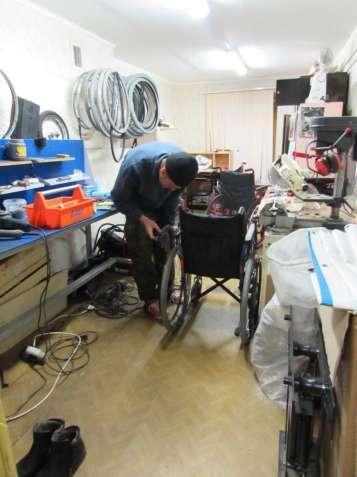 Ремонт инвалидных колясок: каркасов, механизмов, пошив чехлов.