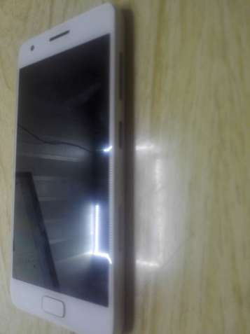 Продам Lenovo Zuk Z2 на восстановление или разборку