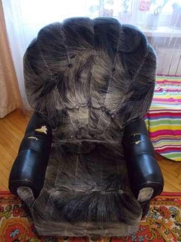 Кресло велюр-кожзам