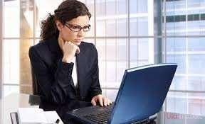 Адміністратор жінка з вільним графіком