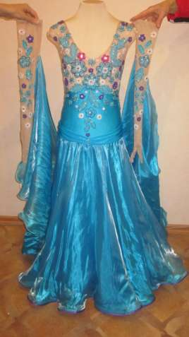 плаття бальне