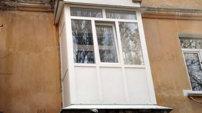 Остекление, обшивка балконов в Кривом Роге