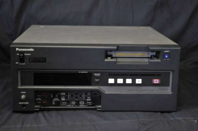 Panasonic AJ-D650E DVCPRO видеомагнитофон профессиональный рекордер