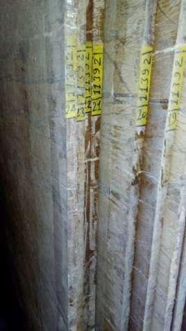 Натуральный мрамор продается в виде форматной плиты и слебов