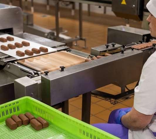 Работа на йогуртово-сырковом производстве в Чехии. Проверенная работа