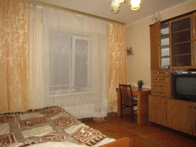 790681 Сдам долгосрочно комнату Киев, Дарницкий