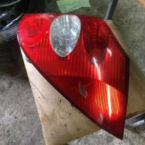 Б/у фонарь правый задний Renault Laguna 2, 8200002472, Рено Лагуна 2,