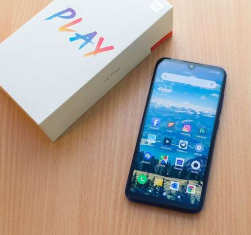 Гарантия! 4+64 Xiaomi Mi Play Глобал 5.85 IPS Helio P35 12+2МП + Чехол