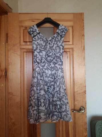 Нарядное, легкое платье. Идеально подойдет на НГ.