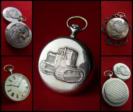 МОЛНИЯ-ТРАКТОР, СССР 70-х. МУЖСКИЕ карманные часы из нейзильбера, меха