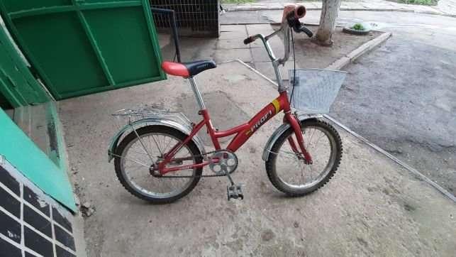 Детский велосипед продам