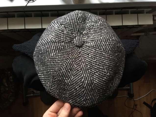 Мастер по пошиву головных уборов